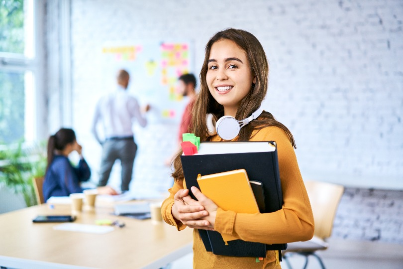 6 Unique Business Ideas for High School Students
