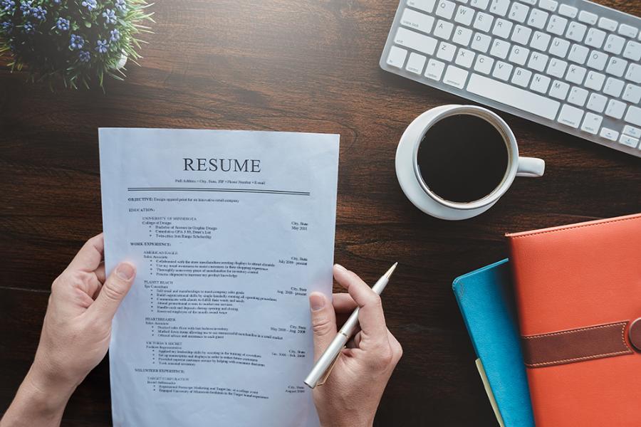 Create Impressive Resume for College Applications
